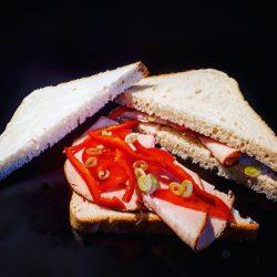 Pulykasonkás háromszög szendvics