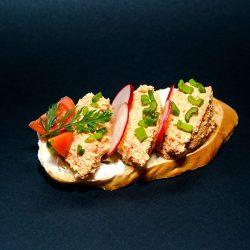 Körözöttes szendvics